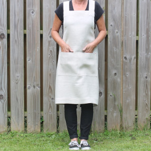 Linen Cross Back Apron © Jupiter Red